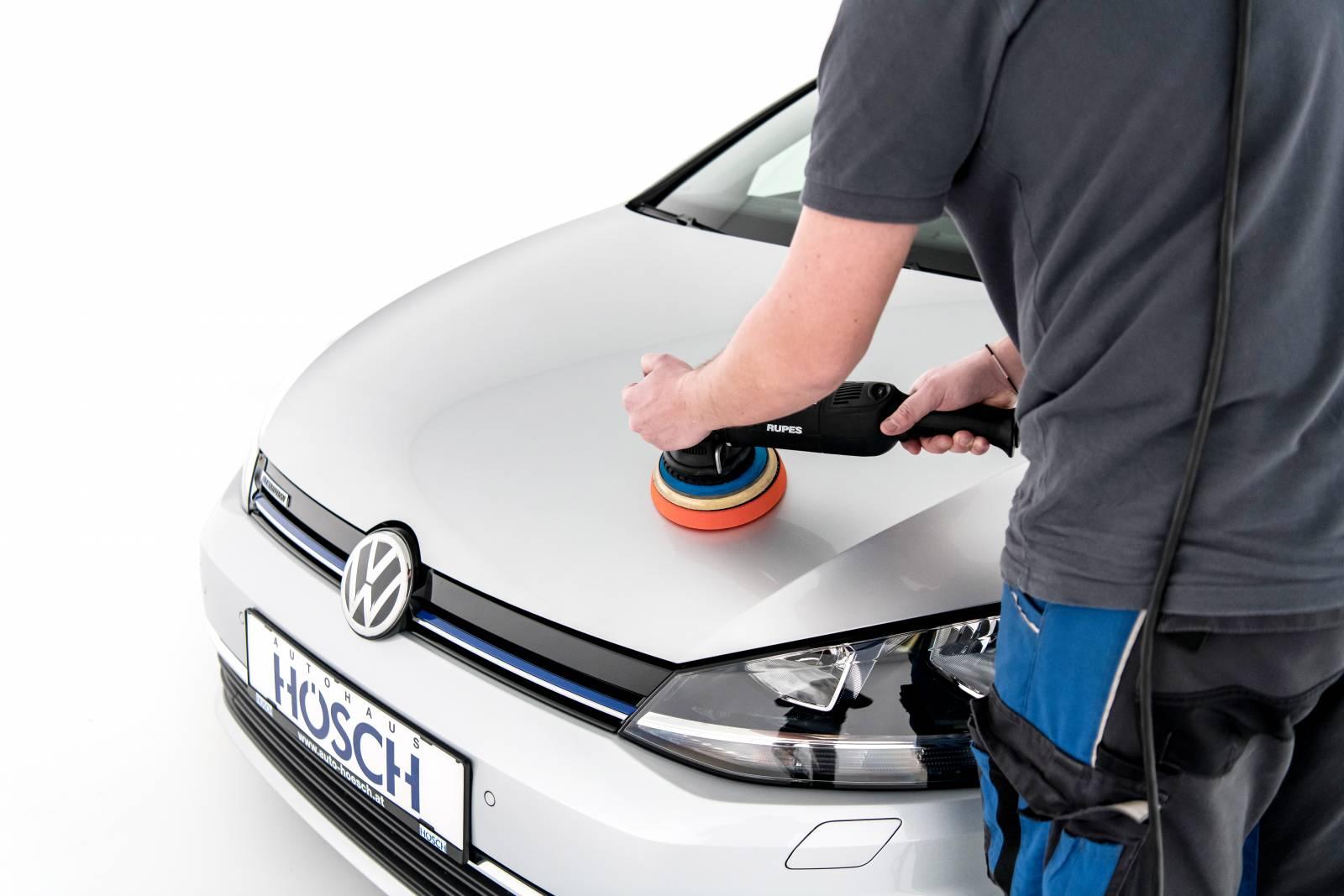 Autoaufbereiter/in