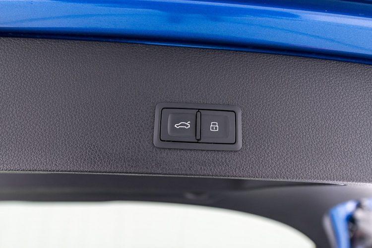 1600045_1406492338215_slide bei Autohaus Hösch GmbH in
